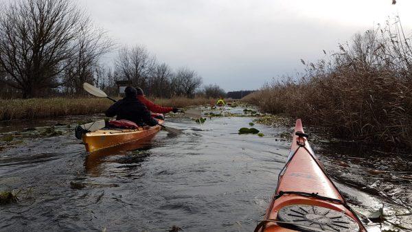 2021.12.11: Téli tekergés a termál patakban - Kenutúra a Hévíz-patakon